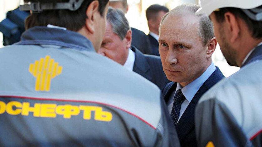 Rusya Devlet Başkanı Putin, Rusya'nın bu dönemi kendine yakışık biçimde atlatacağını açıklamıştı.
