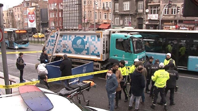 Feci kaza sonrası bulvar geçici süre kapatıldı.