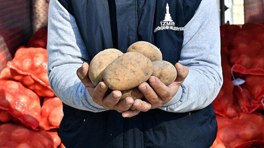 Koronavirüs sonrası ortaya çıkan tabloyu fırsat bilen stokçular patatesi depoya kapatınca fiyatlar yüzde 100 zamlandı.