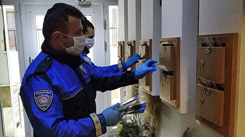İstanbul'da ev ev dolaşan polis, koronavirüs dolandırıcılarına karşı vatandaşı uyardı