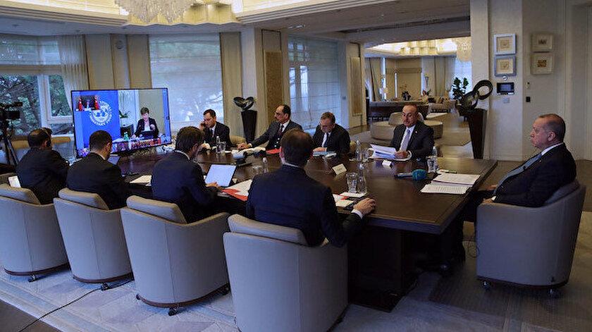 Cumhurbaşkanı Erdoğan, koronavirüs tedbirleri kapsamında G-20 zirvesine telekonferansla katıldı.