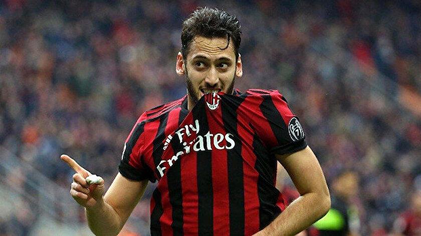 Hakan Çalhanoğlu, Milan formasıyla toplamda çıktığı 116 maçta 17 gol atarken, 24 de asist kaydetti.