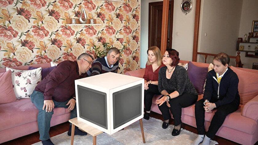 """60 dakikalık ve genel izleyici kitlesine hitap eden """"Soru Küpü"""", 27 Nisan Pazartesi günü saat 21.40'da TRT 1 yayınlanacak."""