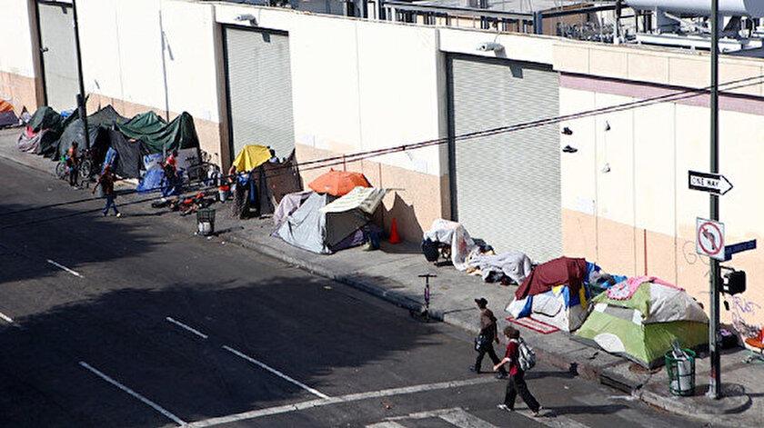 California genelinde 150 bin civarında evsizin bulunduğu kaydedilirken, şehir bazında ise ABD'de en fazla evsiz 70 bin ile ülkenin en büyük metropolü New York'ta yaşıyor.