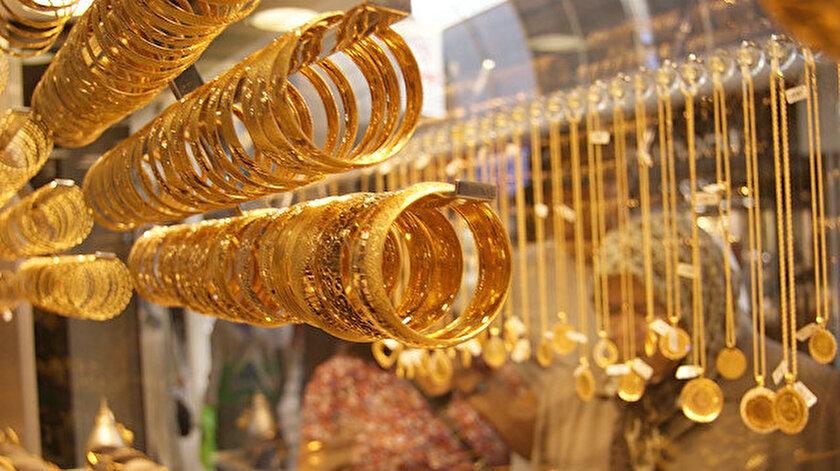 Altının gramı 379,2 lira seviyesinde seyrediyor.