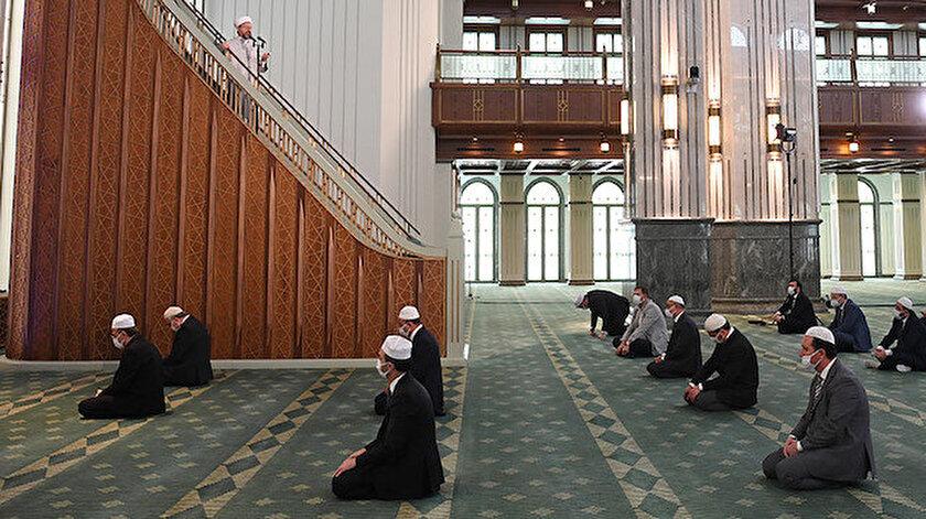 Din İşleri Yüksek Kurulundan bayram namazı ile ilgili açıklama geldi.