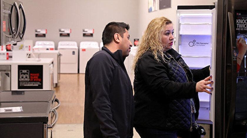 Kamu bankaları tarafından konut, taşıt, tatil ve sosyal harcamalara yönelik kredi paketleri açıklandı.