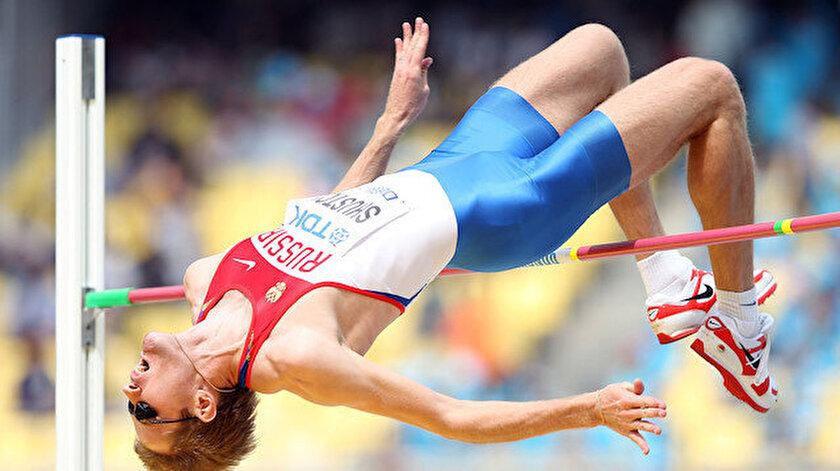 Uzun atlamacı Aleksandr Shustov