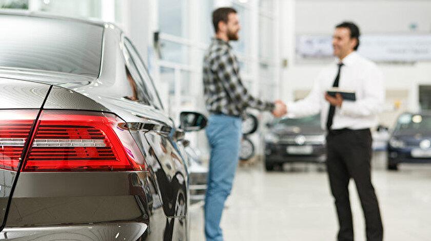 Sıfır araç alımında renk seçeneği ve donanıma göre 3 ayı bulan teslimat süreçleri ortaya çıkıyor.