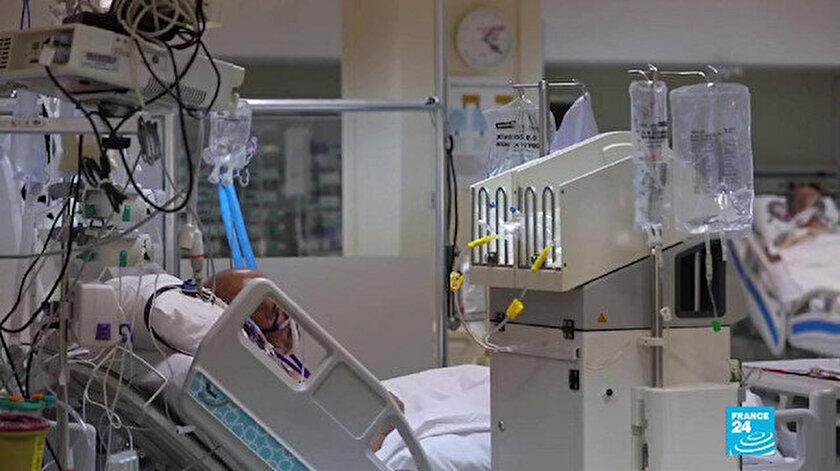 Haberde Cerrahpaşa Tıp Fakültesi Kovid-19 klinikleri ve yoğun bakım servisinde çekimler yapıldı.