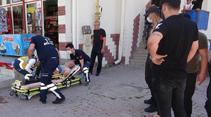 Yararlanan kadın ve erkek hastaneye kaldırıldı.
