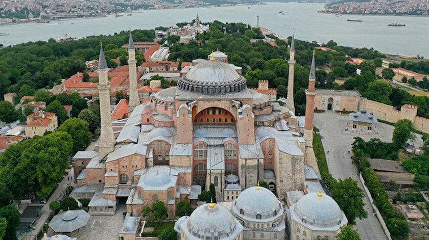 Türkiye, Ayasofya ile ilgili Danıştay'ın vereceği karara kilitlendi.