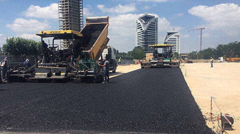 Çalışma tamamlandığında yaklaşık 7 bin metrekarelik alan sıcak asfaltla kaplanmış olacak.