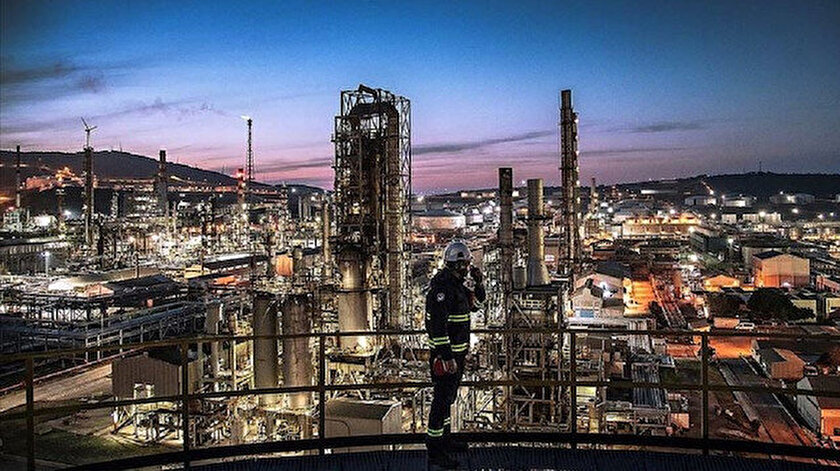 TÜPRAŞ üretimden satışlarda 87,9 milyar lirayla Türkiye'nin en büyük sanayi kuruluşu oldu.
