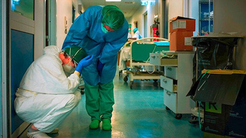 ABD'de son 24 saatte 1011 kişi koronavirüs nedeniyle öldü.
