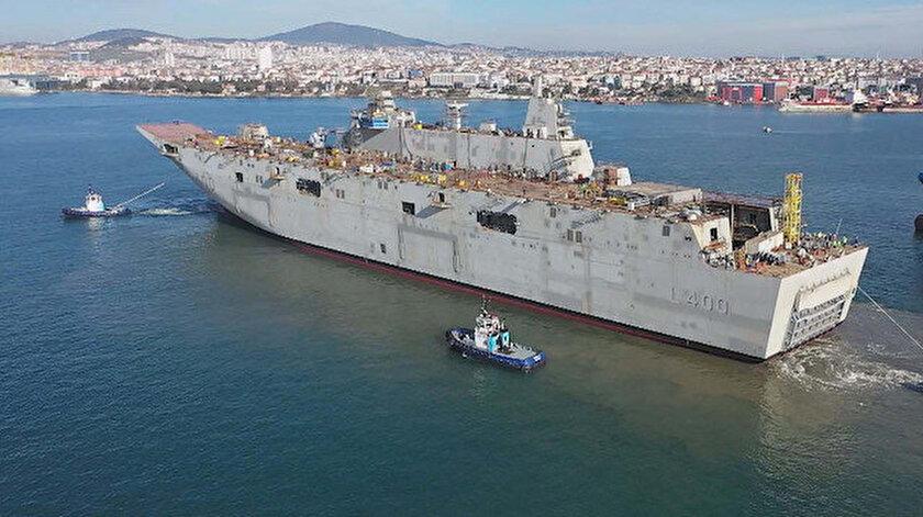 Türkiye'nin ilk uçak gemisi TCG Anadolu için çalışmalar sürüyor.
