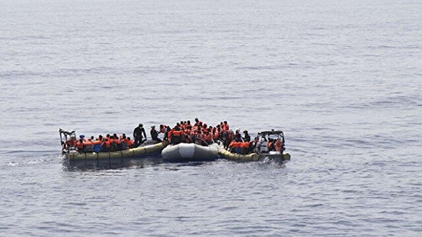 Tunus açıklarında göçmen teknesi battı.