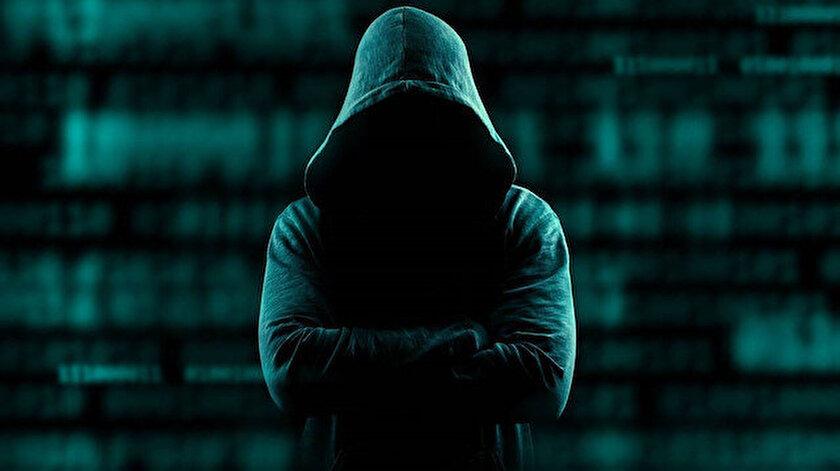 Polis, sürekli yer değiştiren bilgisayar korsanını uzun süredir takip ediyordu.