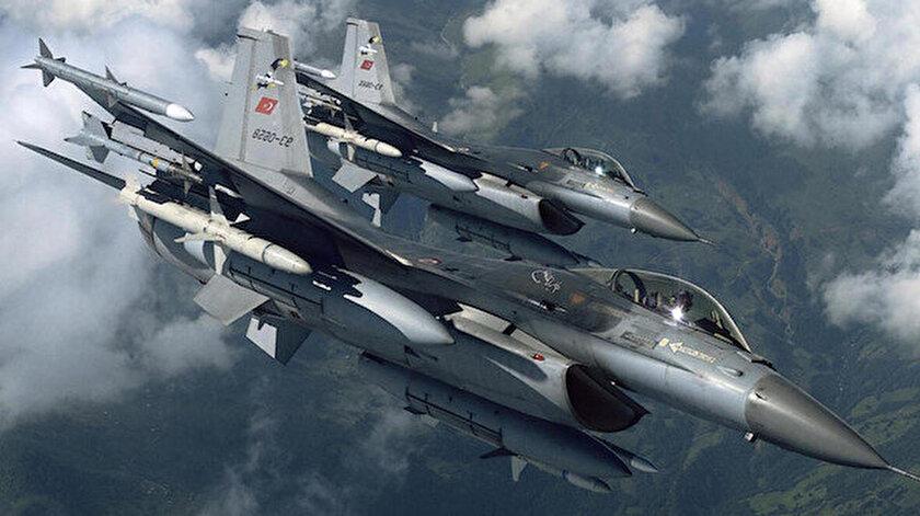 Irak'ın kuzeyindeki Zap bölgesinde dört PKK'lı teröristin hava harekatıyla etkisiz hale getirildi.