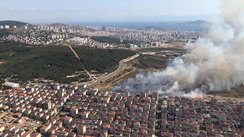 Meltepe'deki askeri arazide çıkan yangın.