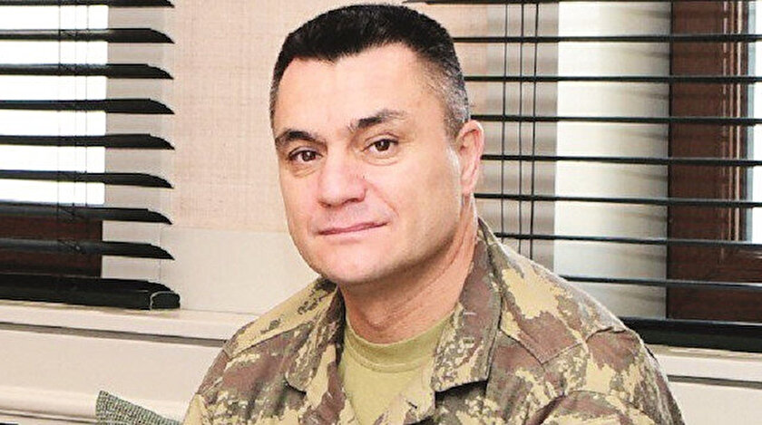 Suriye'deki operasyonların koordinasyonu için TSK'da yeni bir komutanlık ihdas edildi. Antakya-Serinyol'da kurulan 'Barış Kalkanı Harekât Bölgesi Komutanlığı', Fırat Kalkanı, Zeytin Dalı, Barış Pınarı ve Bahar Kalkanı bölgelerinden sorumlu olacak. Merkezin başına Tümgeneral Hakan Öztekin atandı