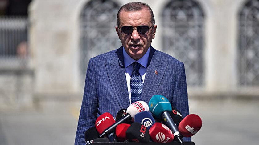 Cumhurbaşkanı Recep Tayyip Erdoğan, Ayasofya Camii'nde kılınan cuma namazının çıkışında basın mensuplarının sorularını yanıtladı.