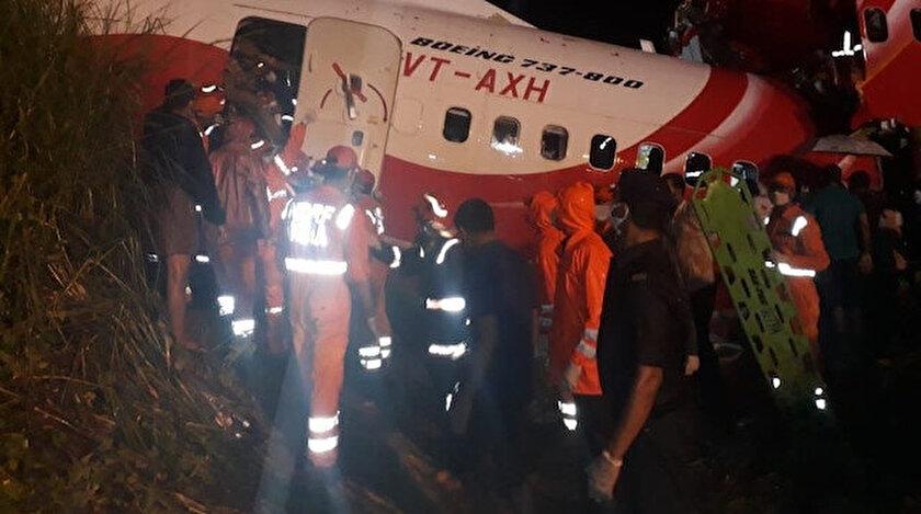 Hindistan'daki uçak kazasında ölü sayısı 16'ya, yaralı sayısı 123'e yükseldi.