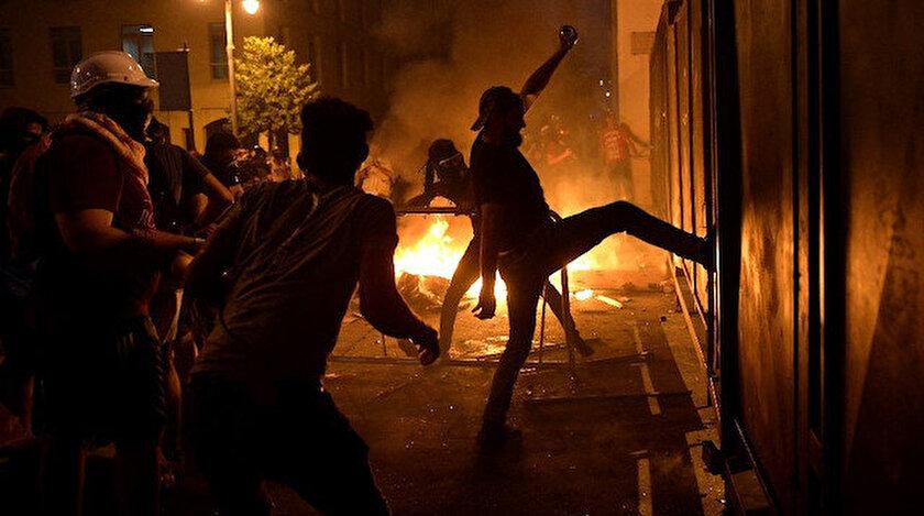 Lübnan'daki protestolar 2. gününde devam ediyor.