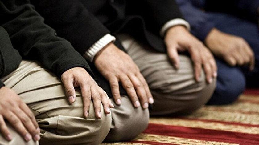 İslam'ın 5 şartından birisi olan namaz kılmak, önem verilmesi gereken konularından başında geliyor.