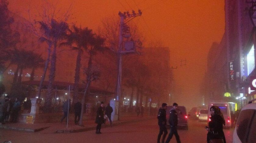Meteoroloji bazı illere toz fırtınası uyarısı yaptı.