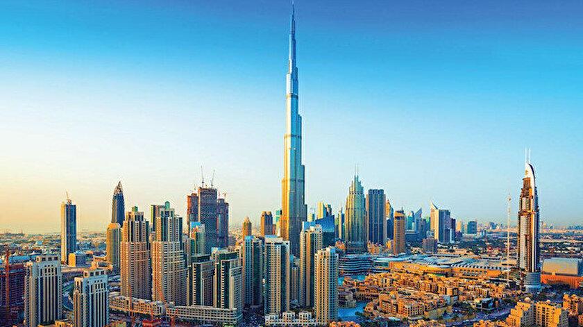 Dünyanın en yüksek gökdeleni Burc Halifa.