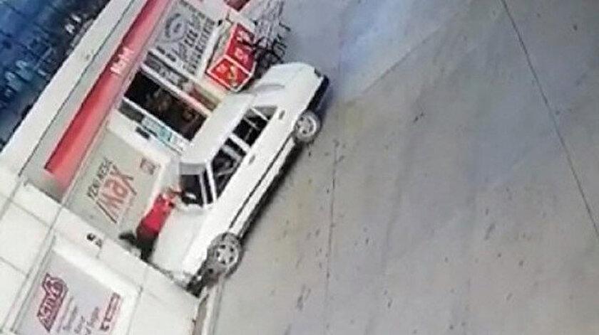 Veresiye yakıt vermeyen benzin istasyonu görevlisini otomobille böyle ezdi.