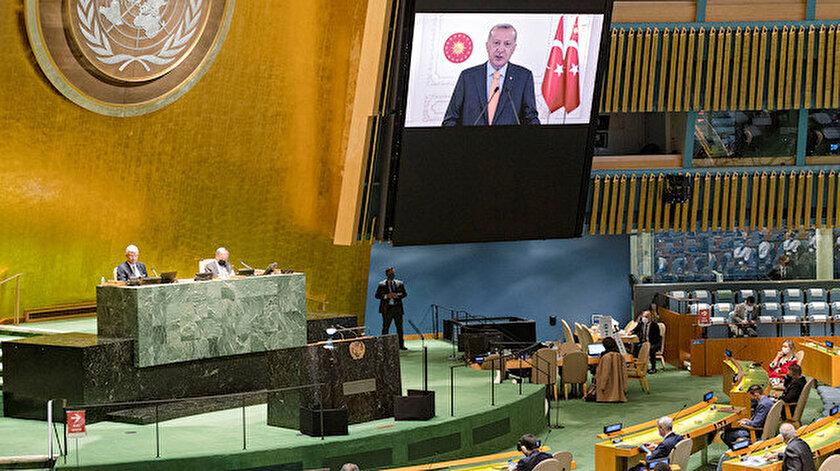 Cumhurbaşkanı Erdoğan, BM Genel Kuruluna video konferansla katıldı.