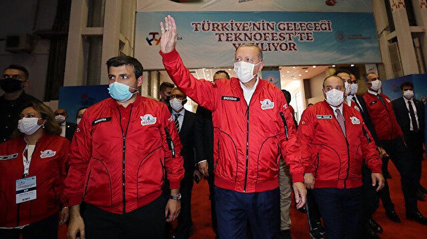 """Cumhurbaşkanı Erdoğan, """"Teknofest 2020"""" etkinliğinde."""
