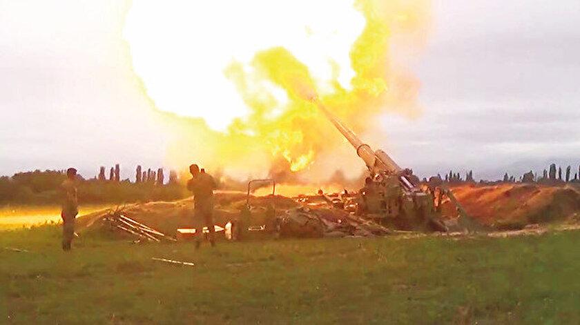 Azerbaycan Savunma Bakanlığı'nın açıkladığı bilgilere göre Azerbaycan ordusu 400 noktayı vurdu. 24 tank/zırhlı araç, 15 uçaksavar-hava savunma sistemi, 8 topçu bataryası ve 3 mühimmat deposu imha edildi, 15 İHA düşürüldü. Ermeni ordusunun 100'e yakın kaybı ve 550'ye yakın yaralısı var.