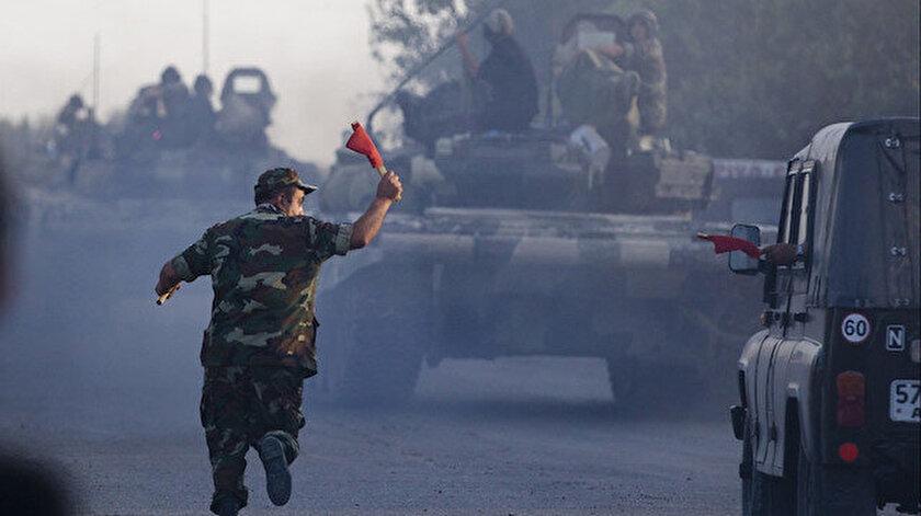 Azerbaycan ordusu hızla işgal altındaki topraklarını kurtarmak için Karabağ bölgesine ilerliyor.