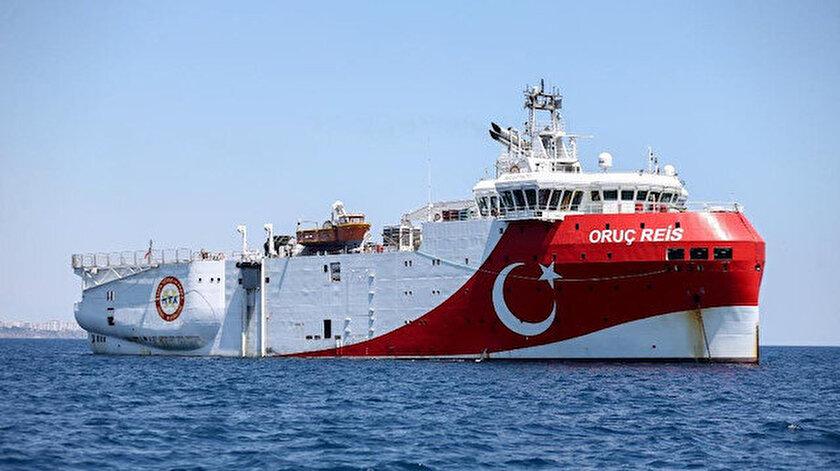 Oruç Reis gemisi, Antalya Limanı'ndan ayrıldı.