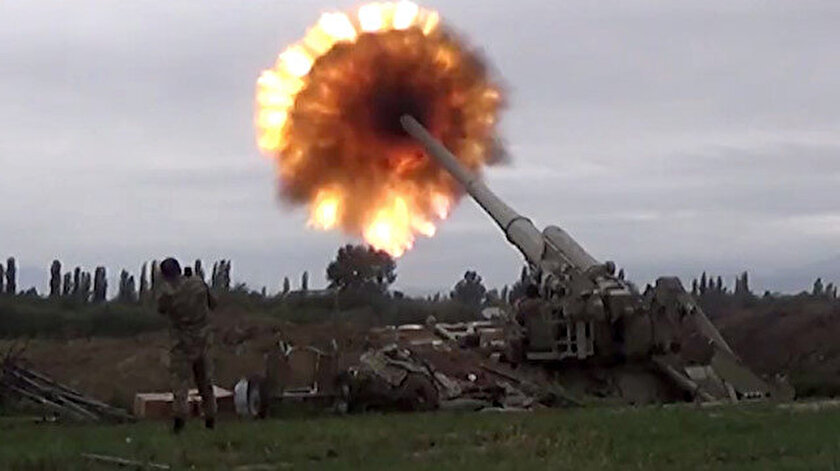 Azerbaycan ordusu, Ermenistan'a ağır darbeler vurmaya devam ediyor.