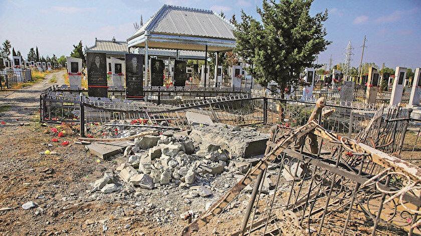 Yine sivilleri hedef alan Ermenistan ordusu, Terter'de defin töreni için mezarlığa giden sivillere saldırdı. Saldırıda, 3 kişi öldü, 5 kişi de yaralandı.