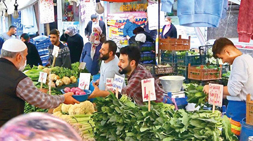 İstanbul Esenyurt'taki semt pazarı.