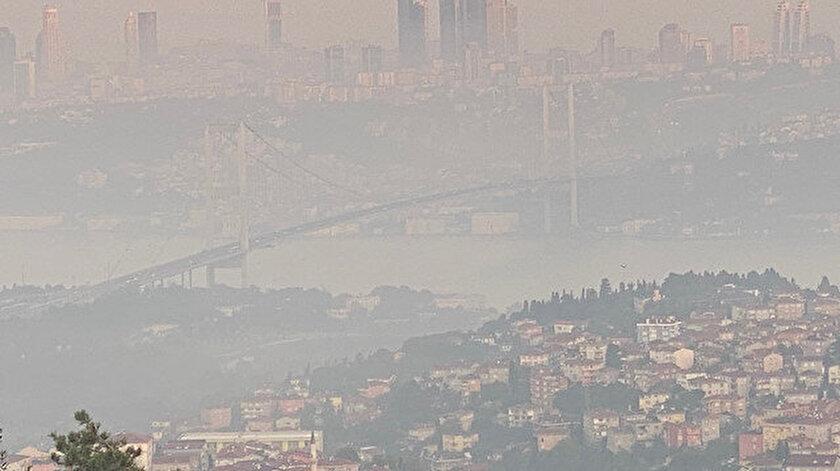 İstanbul'da yoğun sis etkili oluyor.