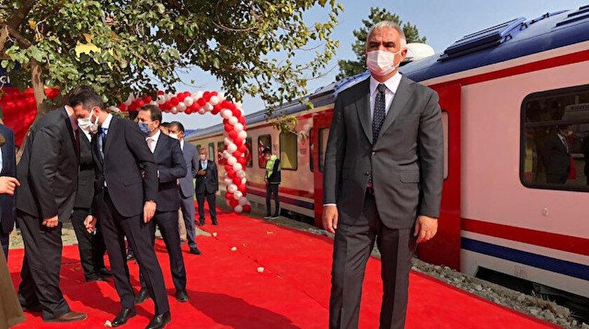 Kültür ve Turizm Bakanı Ersoy, Karaelmas Ekspresi ile yolculuğa çıktı.