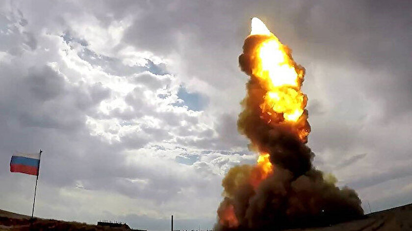 Füze, Kazakistan'ın Sary-Shagan sahasında simüle edilmiş bir hedefi vurdu.