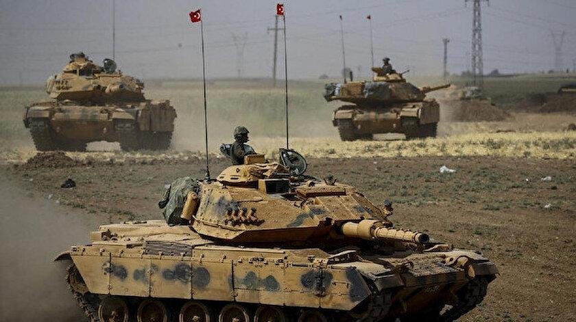 ABD'nin verdiği destekle Suriye'nin kuzeyinde bir devlet olmayı planlayan YPG/PKK'ya geçen yıl Barış Pınarı Harekatı düzenlenmişti.