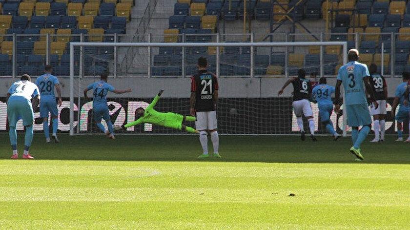 Maxim'in penaltı golü