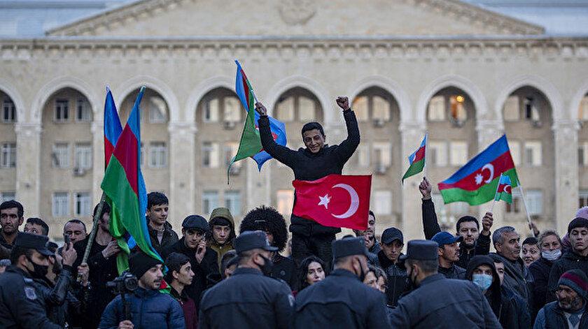 Bakan Akardan Azerbaycan mesajı: Verdiği haklı mücadeleyi alnının akıyla sonlandıran kardeşlerimizin zaferini kutluyoruz