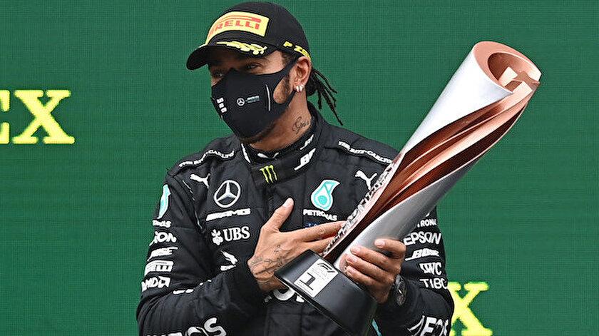 Türkiye Grand Prix'si hazırlanan özel kupa Hamilton'un oldu.