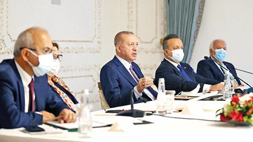 Cumhurbaşkanı Erdoğan, geçtiğimiz 18 yılda Türkiye'yi demokrasi ve kalkınma temelli politikalarla geliştirdiklerini söyledi.