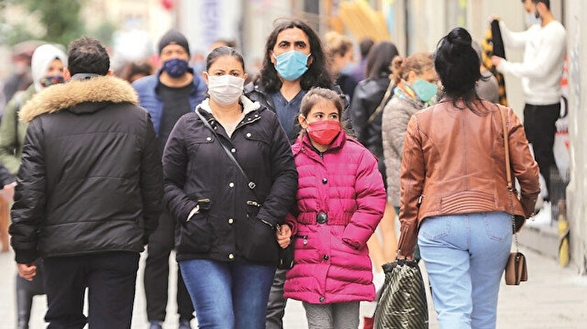 Bakan Koca koronavirüsle ilgili önemli uyarılarda bulundu.