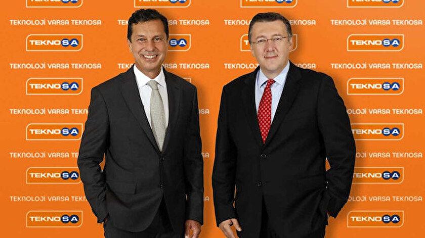 Teknosa Genel Müdürü Bülent Gürcan ile Teknosa Yönetim Kurulu Başkanı Barış Oran.